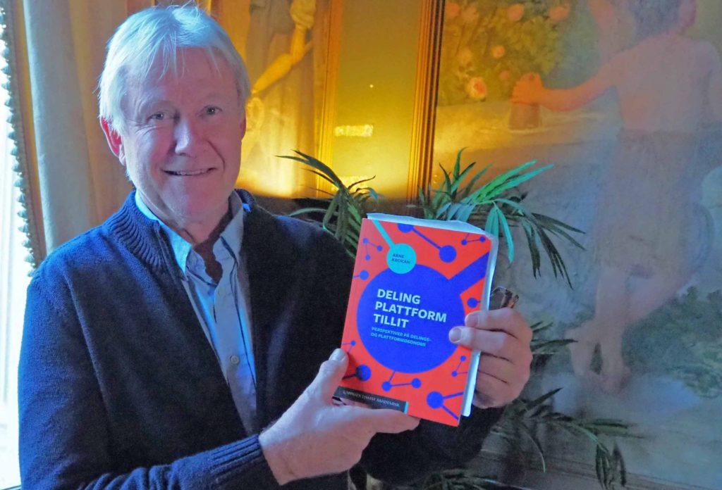 Arne Krokan med hans nye bok