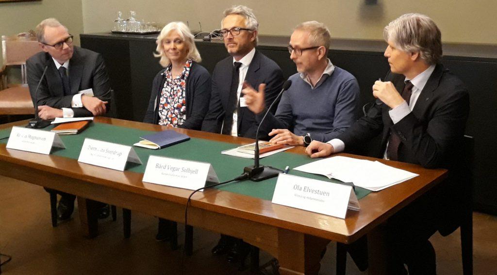 Fra venstre; Hans Peter Graver, Kristin Magnussen, Bjørn Otto Sverdrup, Bård Vegar Solhjell og Ola Elvestuen