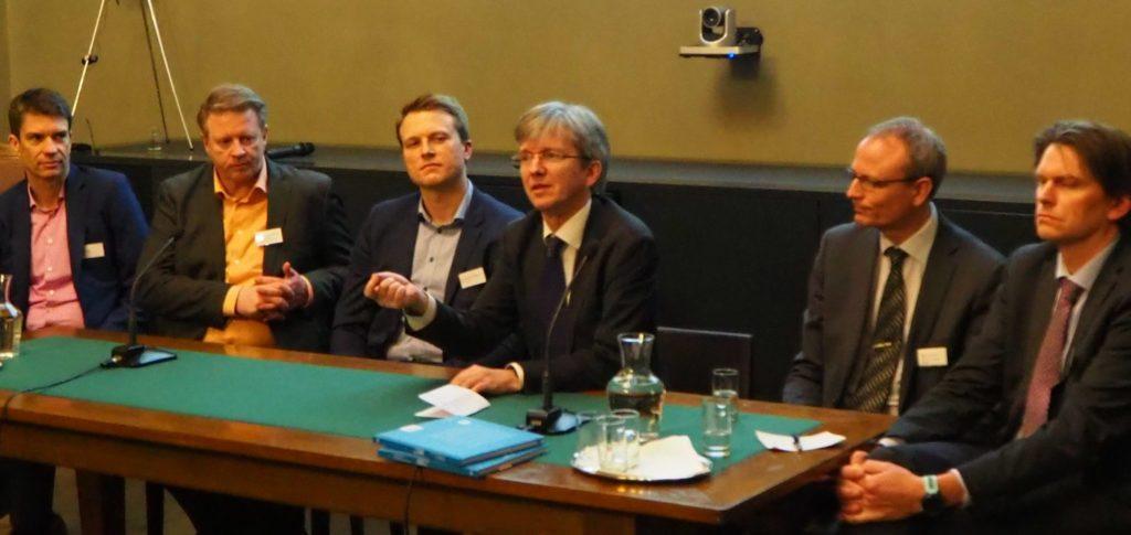 Innlederne fra paneldiskusjonen